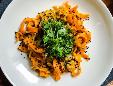carrot noodles with chickpea paste